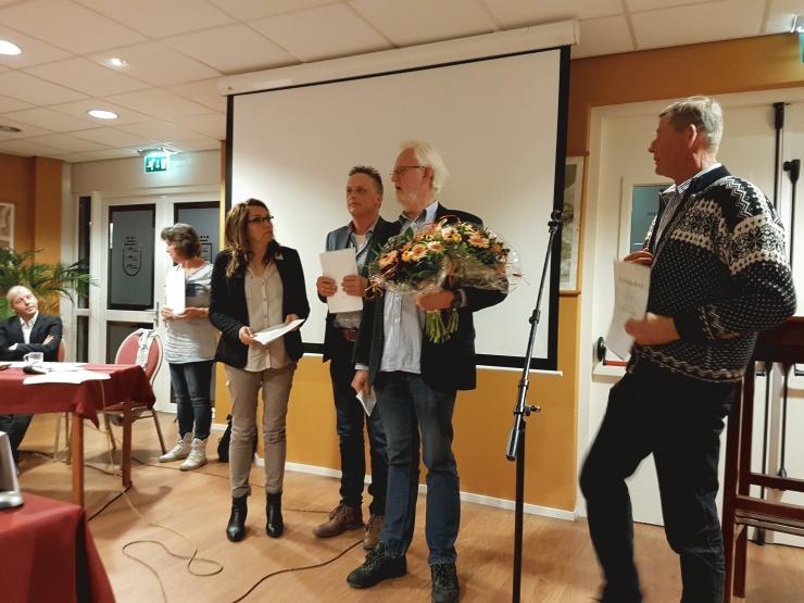Boskje blommen foar kursisten Bildts